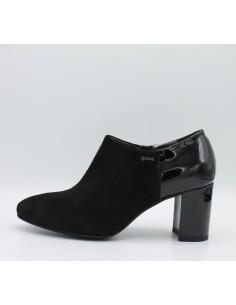 Igi & co. Scarpe donna decolletè accollato in camoscio e vernice nero art 88550