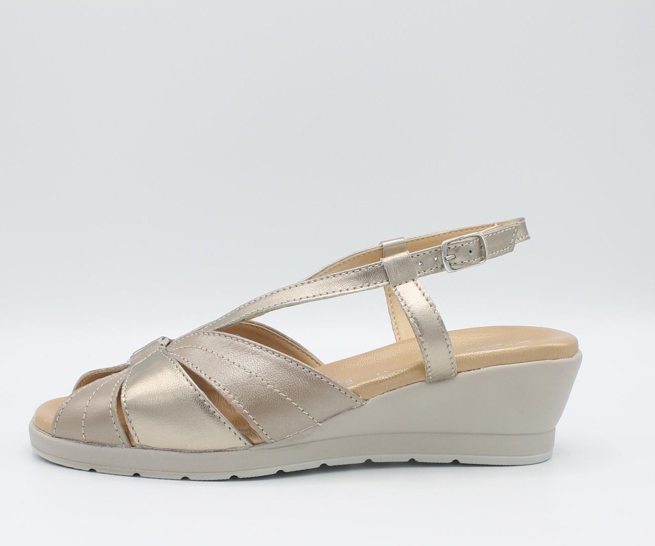 289a053b51dbb CINZIA SOFT IO803 Scarpe donna sandali linea comoda in pelle laminato oro  perla - Angela Barba
