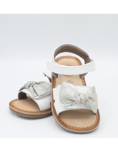 GIOSEPPO 43662 Sandali bambina in pelle bianco con grosso fiocco grigio chiaro