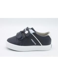 Mayoral scarpe da bambino con strappi in pelle blu 41054