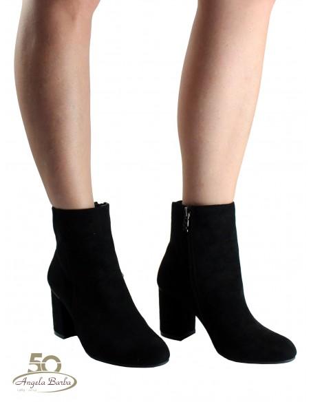 XTI stivaletti da donna in camoscio nero tronchetti con tacco 35092