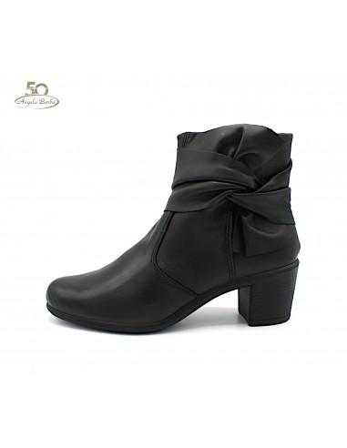 Enval Soft stivaletti da donna in morbida pelle color nero con tacco 4256000